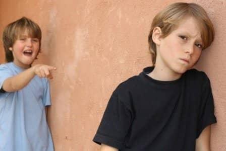 Что делать, когда ребенка дразнят?
