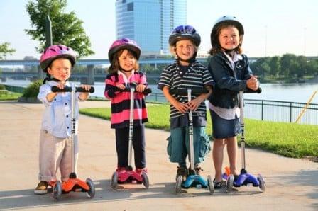 Лучшие моменты детства: трехколесные самокаты для активных детей