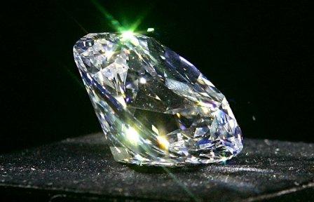 В чем отличие бриллиантов друг от друга