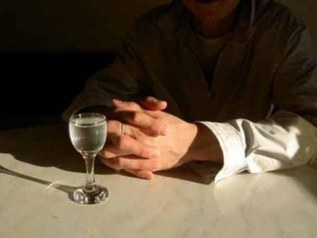 Остановите алкоголизм супруга вовремя!