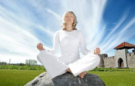 Медитация способна продлить молодость