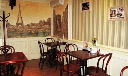 Как выбрать столы для кафе: азы интерьерной азбуки стиля