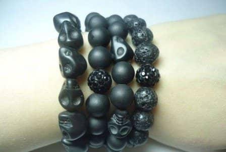 Новая разработка для желающих быть здоровыми: уникальные браслеты