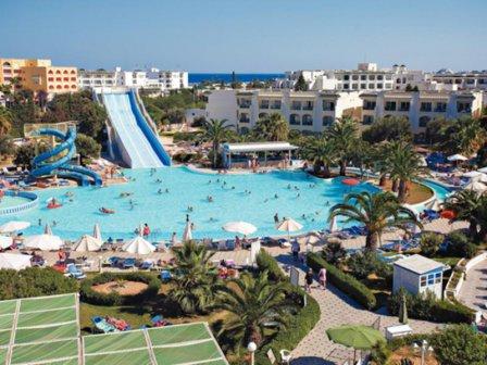 Какую лапшу вешают на уши туристкам в Тунисе