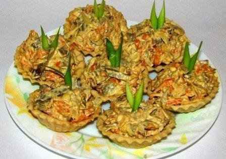 Закуска из телячьей печени с луком и морковью